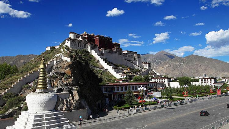 Дворец Потала в Тибете: