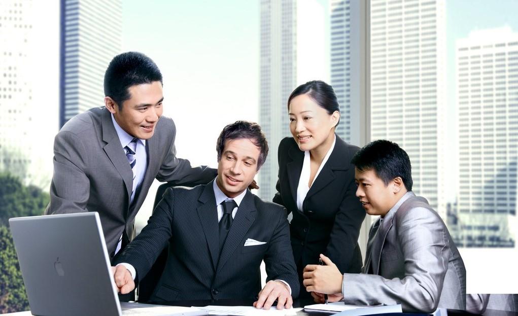 Иностранцам несложно получить работу в китайских компаниях