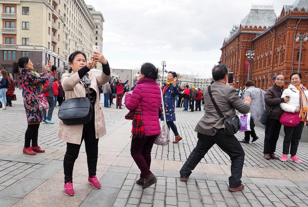 Туристы из КНР в Москве